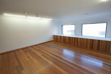 Raglan Street Gallery - Accommodation Daintree