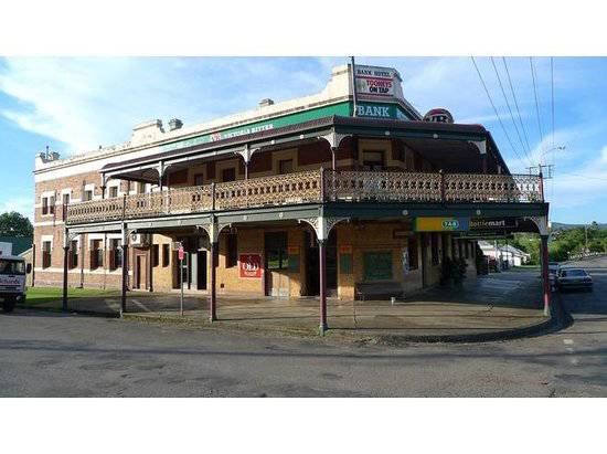 Nag's Head Hotel - Accommodation Daintree