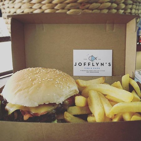 Jofflyn's Fish  Chips - Accommodation Daintree
