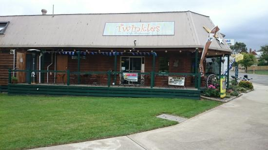 Twinkles Cafe - Accommodation Daintree