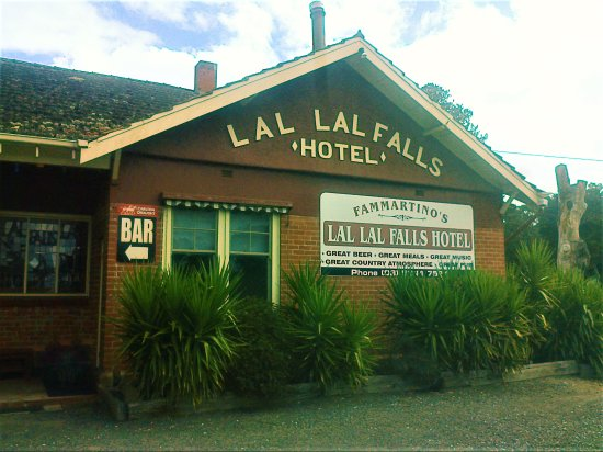 Lal Lal Falls Hotel - Accommodation Daintree