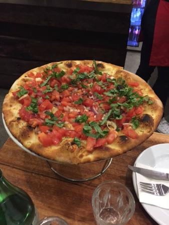 Fratelli's Wood Fired Pizza - Accommodation Daintree