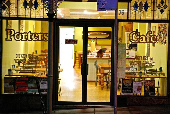 Porters Cafe - Accommodation Daintree