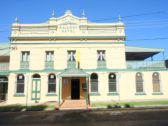 Railway Hotel Armidale  1879 Bistro - Accommodation Daintree