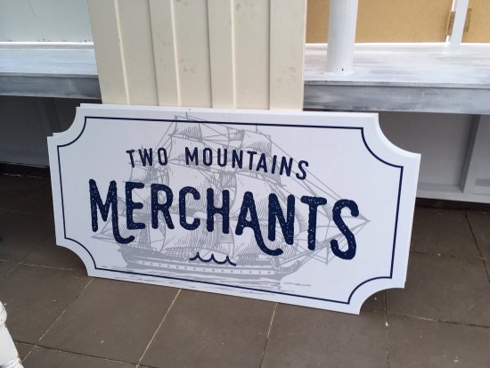 Two Mountains Merchants - Accommodation Daintree