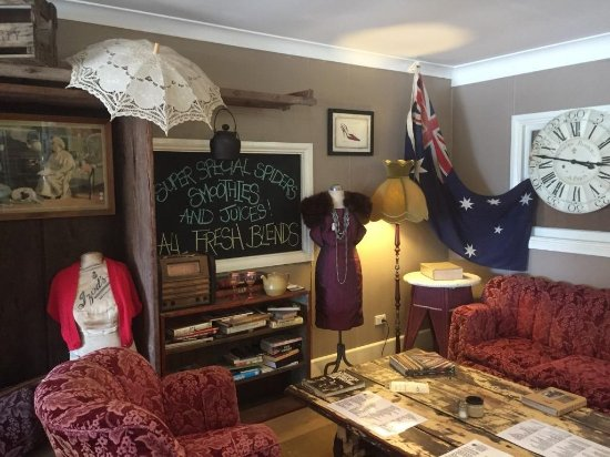 Aussie Outback Wares and Cafe - Accommodation Daintree