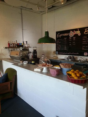 Tractor Espresso Bar - Accommodation Daintree