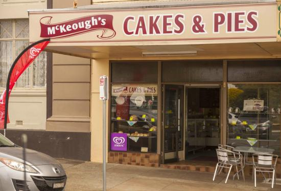 McKeoughs Cake Shop - Accommodation Daintree