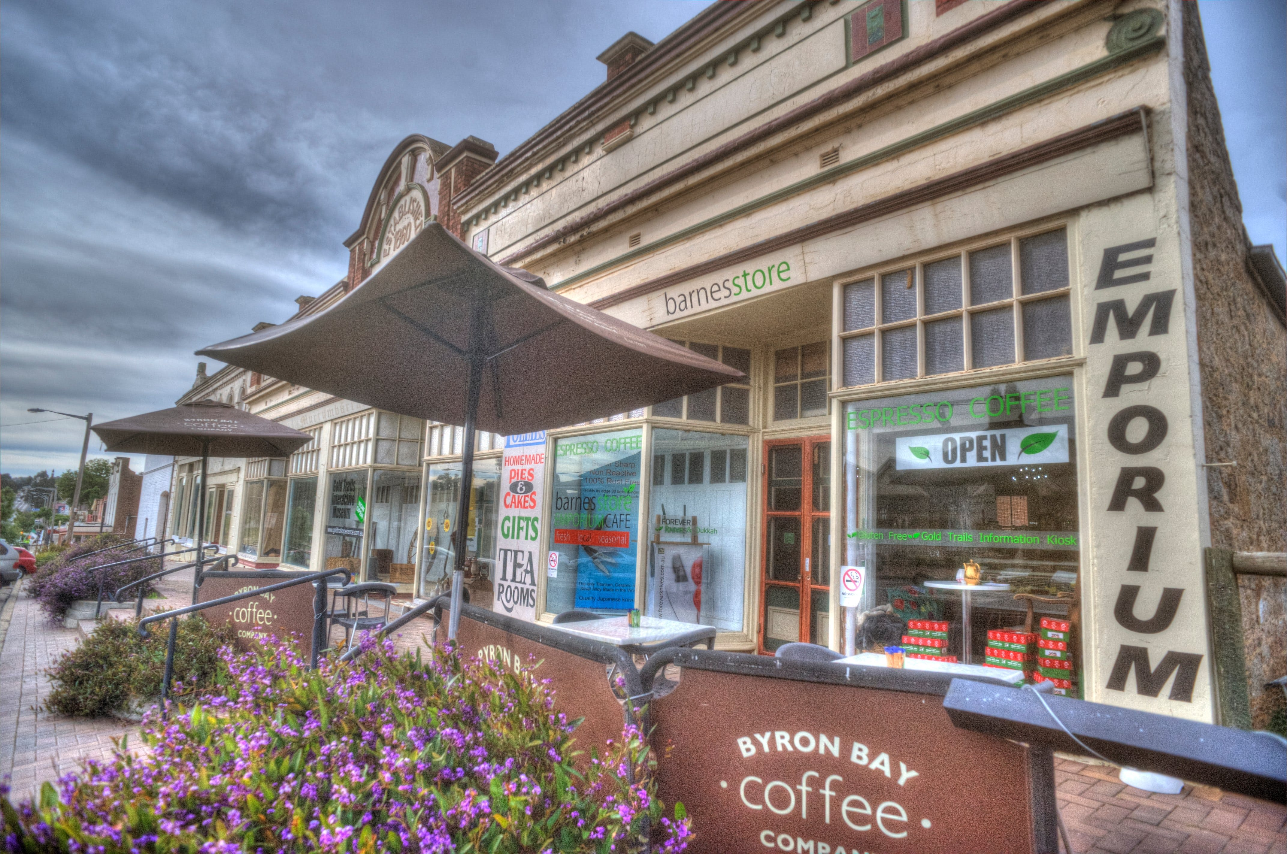 Barnes Store Emporium and Caf - Accommodation Daintree