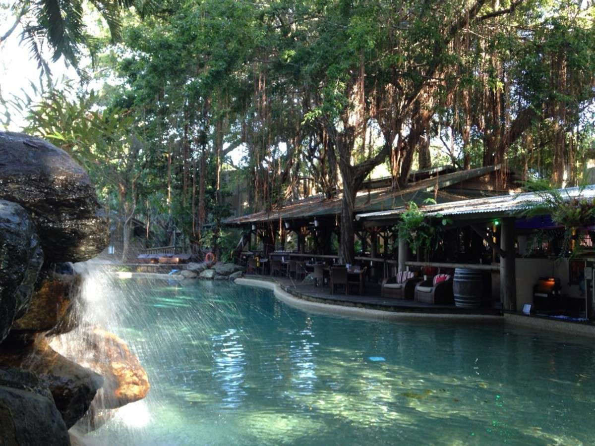 Tree Bar  Grill at Ramada Resort Port Douglas - Accommodation Daintree