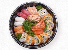 Sushi Hub - Plumpton - Accommodation Daintree