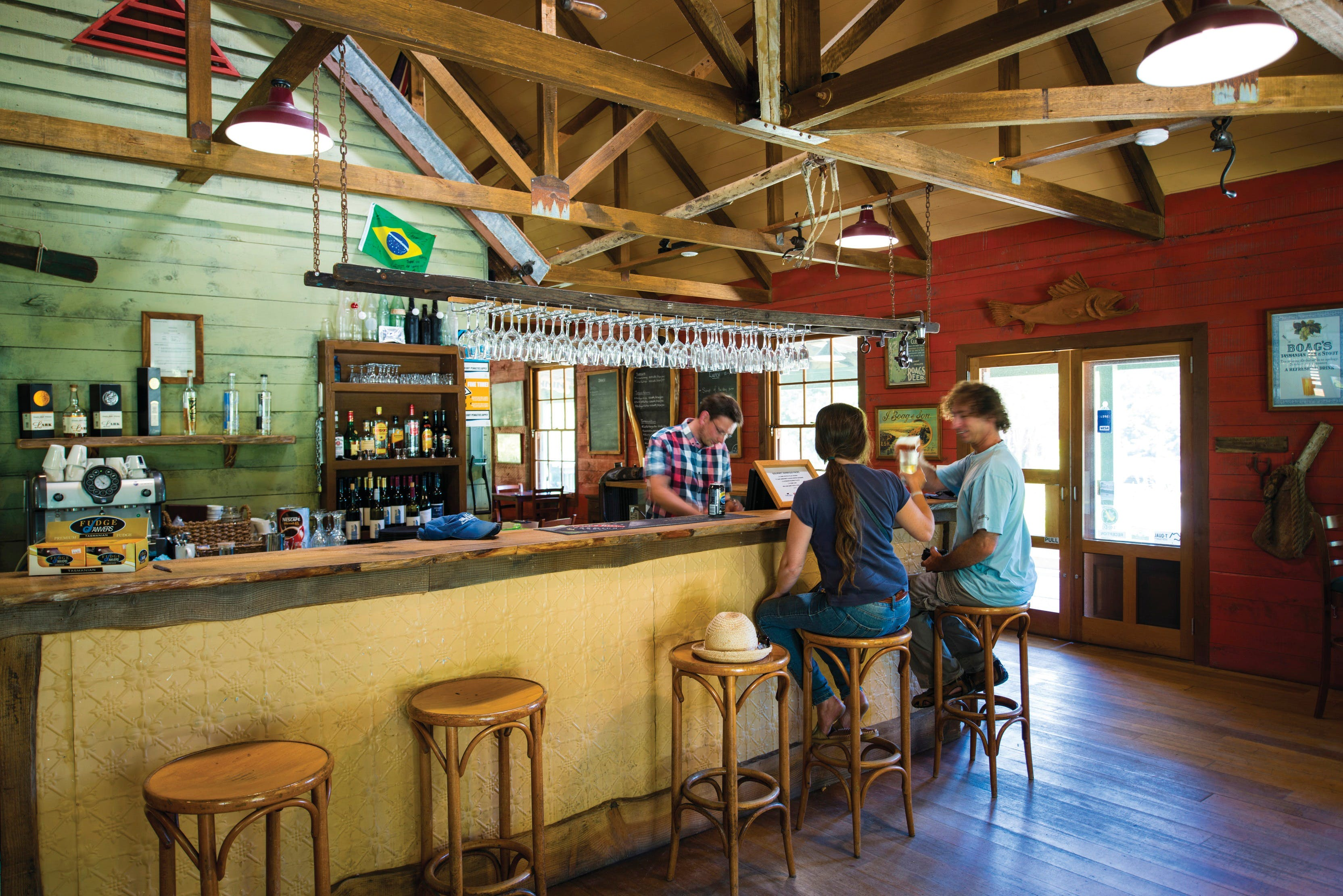 Tannin Restaurant at the Tarkine Tavern - Accommodation Daintree