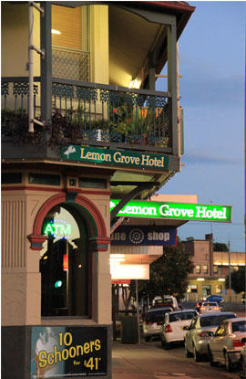 Lemon Grove Hotel - Accommodation Daintree