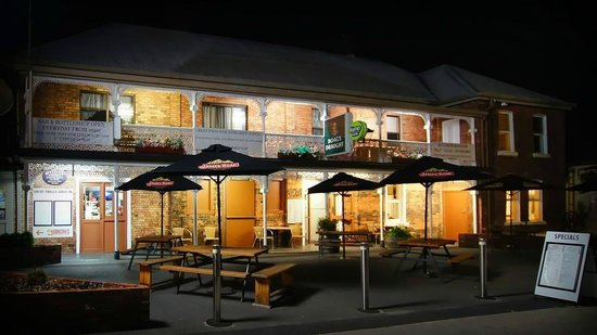 Sheffield Hotel - Accommodation Daintree
