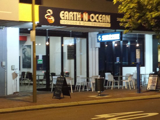 Earth n ocean seafood grill restaurant - Accommodation Daintree