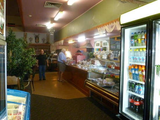 Creepy Hollow Cafe Restaurant - Accommodation Daintree