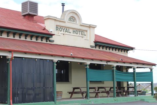 Royal Hotel - Accommodation Daintree
