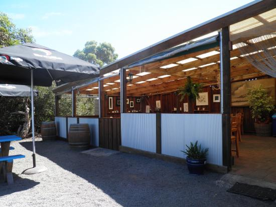 The Rockpool Cafe - Accommodation Daintree
