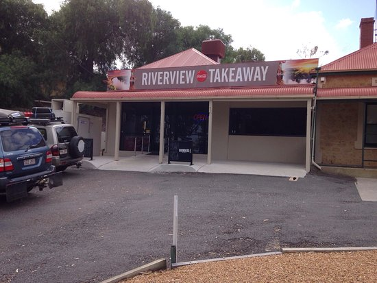 Riverview Take Away and Cafe - Accommodation Daintree