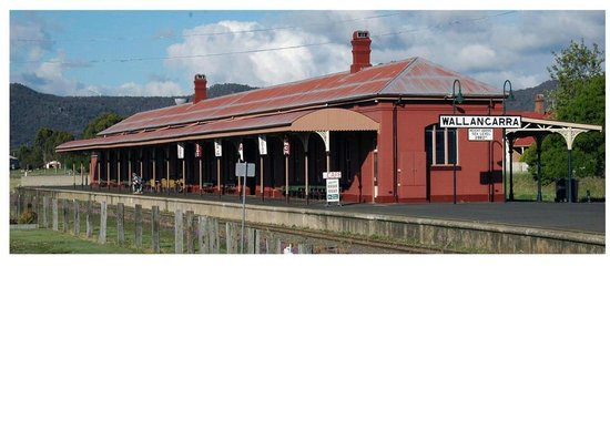 Wallangarra Railway Cafe - Accommodation Daintree