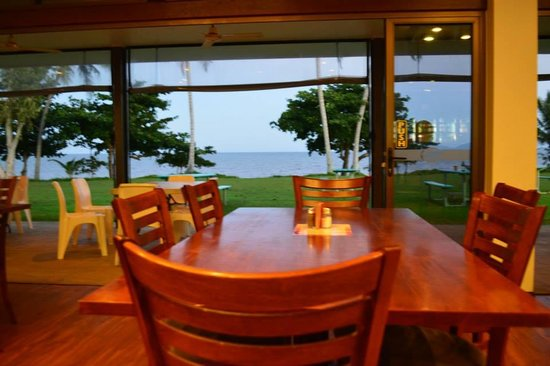 King Reef Hotel Restaurant - Accommodation Daintree