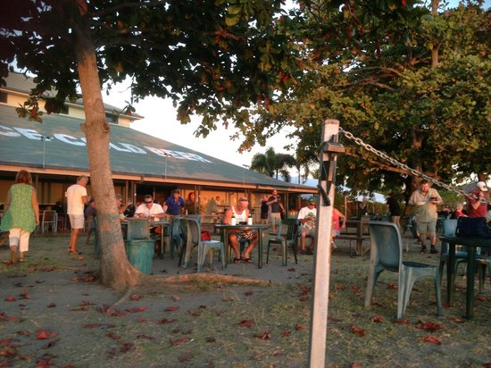 Sunset Tavern - Accommodation Daintree