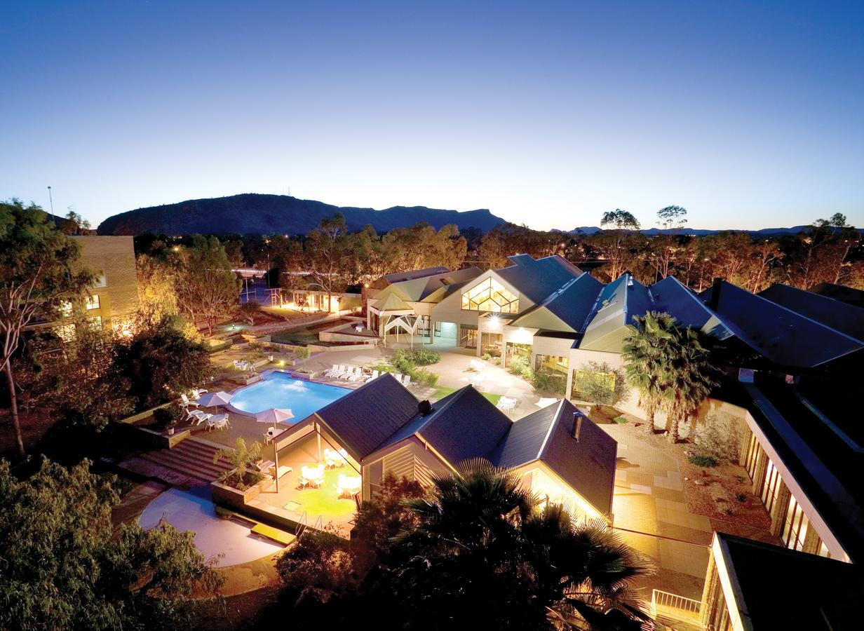 DoubleTree by Hilton Alice Springs - Accommodation Daintree