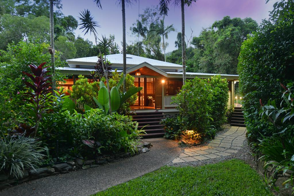 Port Douglas Valley Retreat - Accommodation Daintree