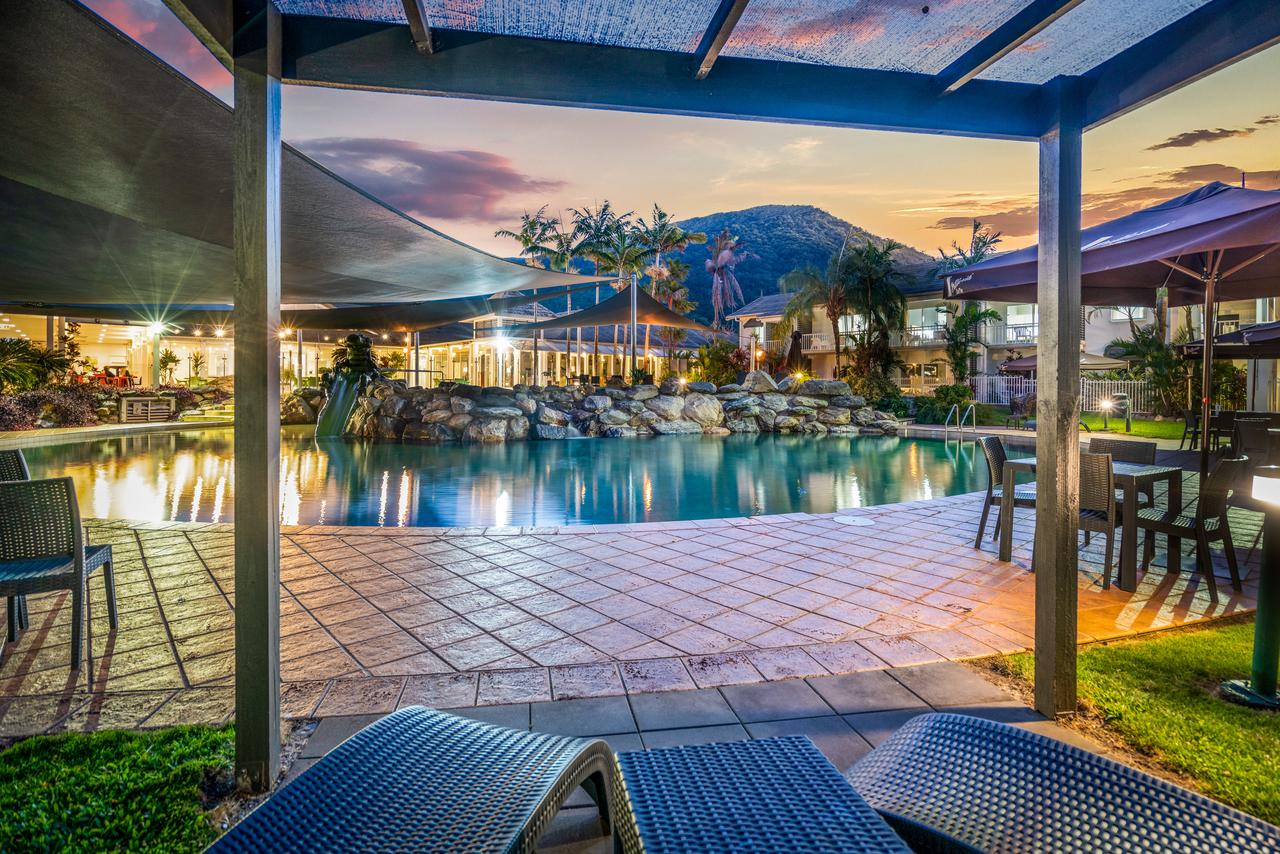 Hotel Grand Chancellor Palm Cove - Accommodation Daintree