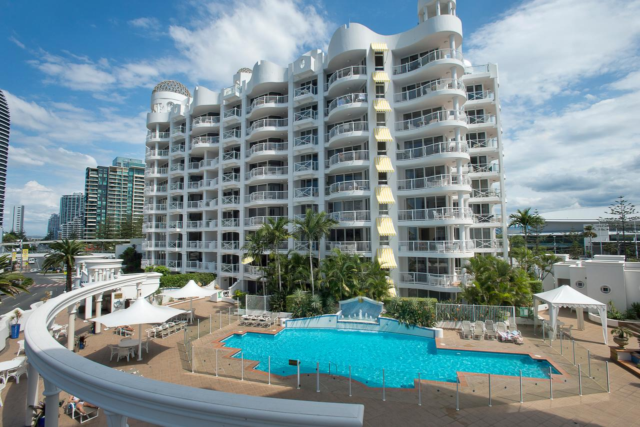 Broadbeach Holiday Apartments - Accommodation Daintree