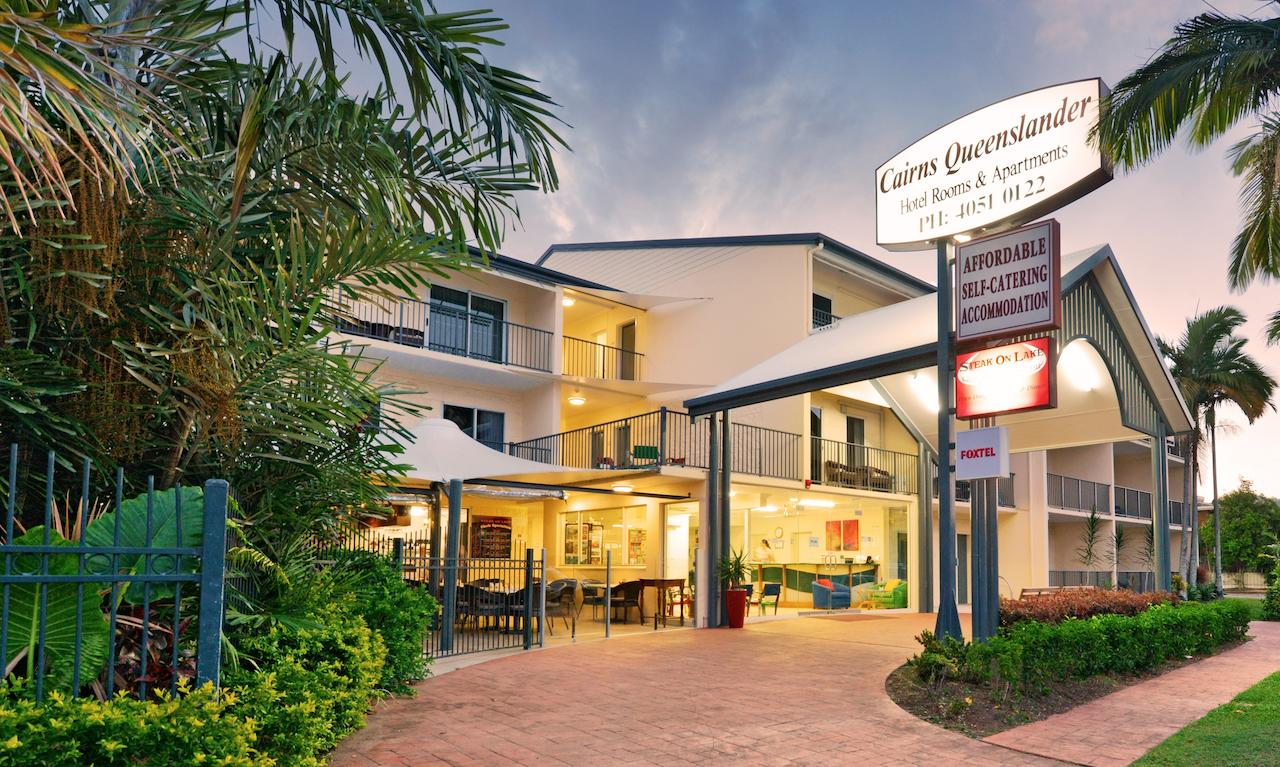 Cairns Queenslander Hotel  Apartments - Accommodation Daintree