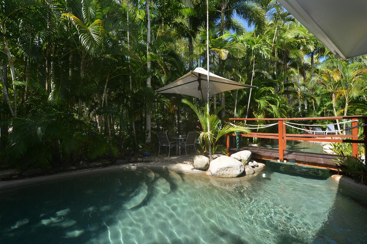 Seascape Holidays - Coral Apartments - Accommodation Daintree